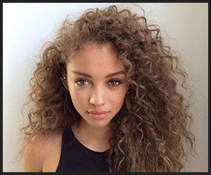 12 Best Hacks For Styling Long Curly Hair In The Easiest Ways Bhrt