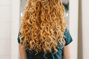 Learn Everything About Curly Hair Routine With Natural Products